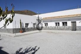 Villa Esperanza: Villa for sale in Oria, Almeria