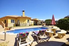 Villa Caribe: Villa a vendre en Arboleas, Almeria