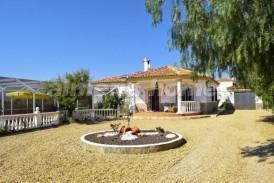 Villa Leonidas: Villa te koop in Albox, Almeria