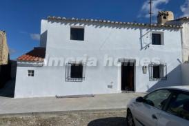 Cortijo Carlo: Country House for sale in Caniles, Granada