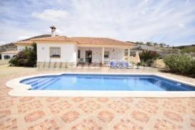 Villa Maria: Villa te koop in Arboleas, Almeria
