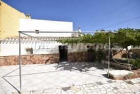 Cortijo Europa: Country House for sale in Cantoria, Almeria