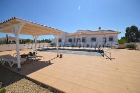 Villa Santander: Villa en venta en Albox, Almeria