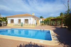 Villa Tranquility: Villa te koop in Arboleas, Almeria