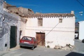 Casa del Camion: Village House for sale in Tijola, Almeria