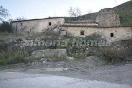 Molino Honda: Country House for sale in Lubrin, Almeria