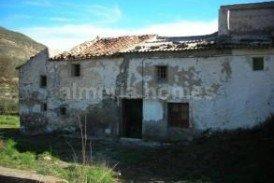 Cortijo Loren : Country House for sale in Macael, Almeria