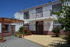Cortijo Delfi: Country House for sale in Oria, Almeria