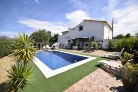 Cortijo Lindas: Country House for sale in Albox, Almeria