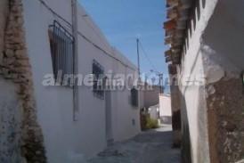 Casa Bravo: Maison de village a vendre en Lucar, Almeria