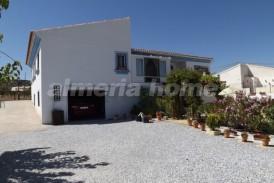 Villa Uvas: Villa for sale in Chirivel, Almeria